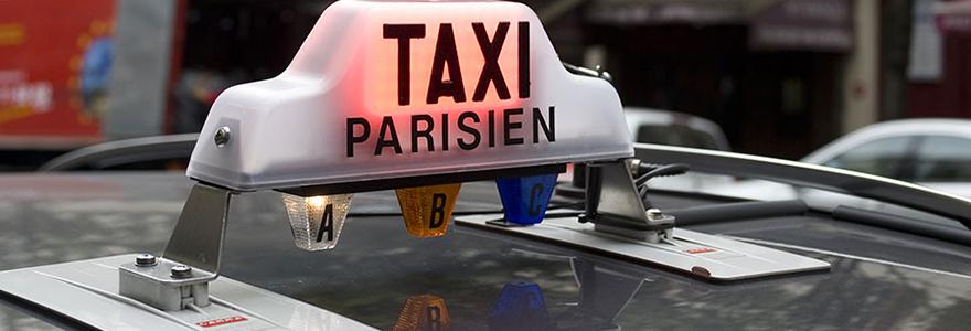 chauffeur de taxi parisien